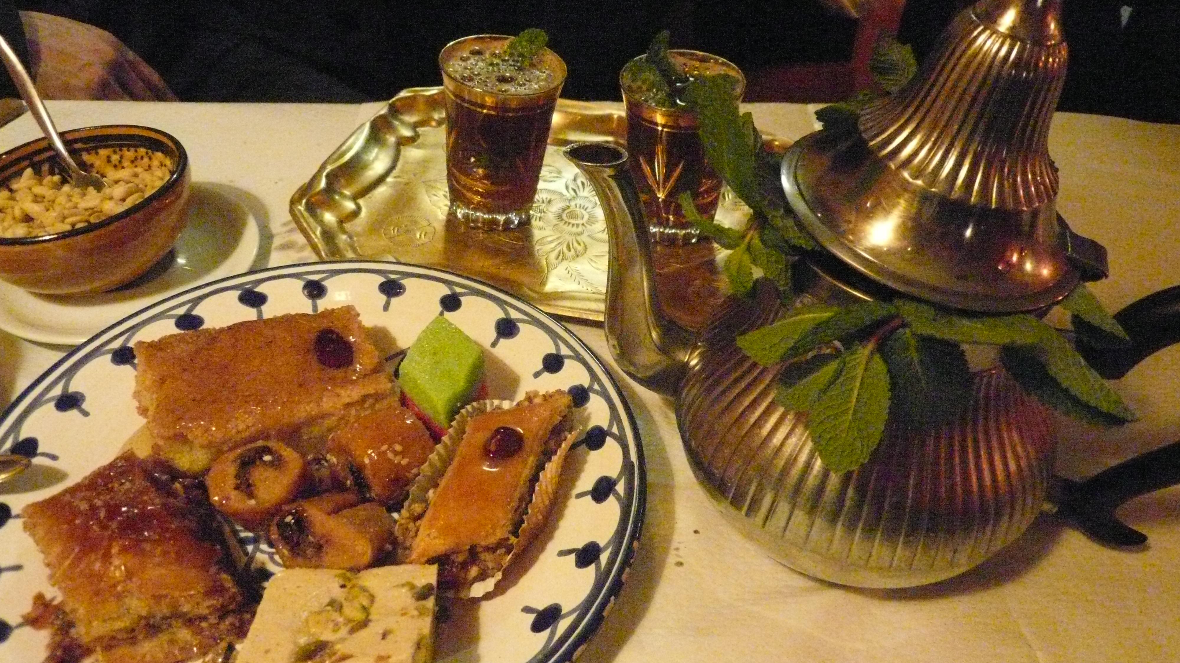 Chez jaafar la tunisie a l honneur les bonnes adresses - Cuisine tunisienne traditionnelle four ...