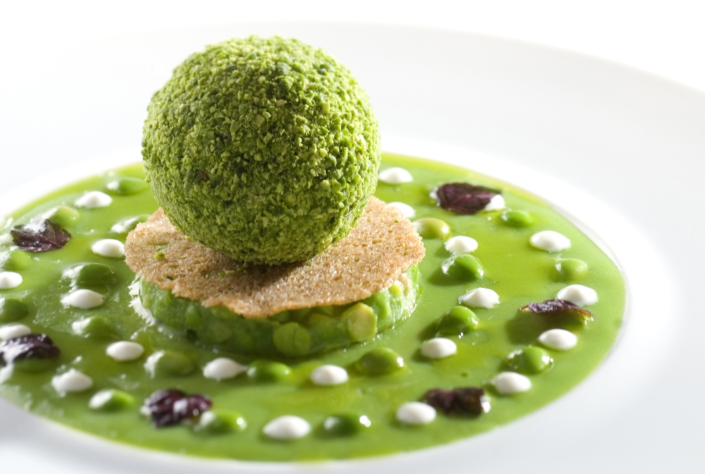 Petits pois comme un guacamole et en vinaigrette à l'huile d'olive - Alain Pégouret - Restaurant Laurent ©DR