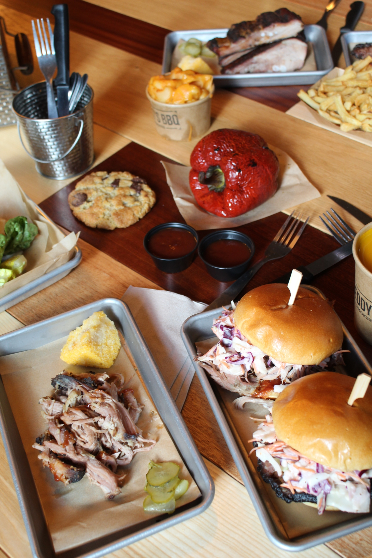 FREDDY'S BBQ : LA SMOKEHOUSE PARISIENNE COMME AU TEXAS – PARIS 2